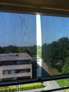 Windscherm balkon verticale bediening.