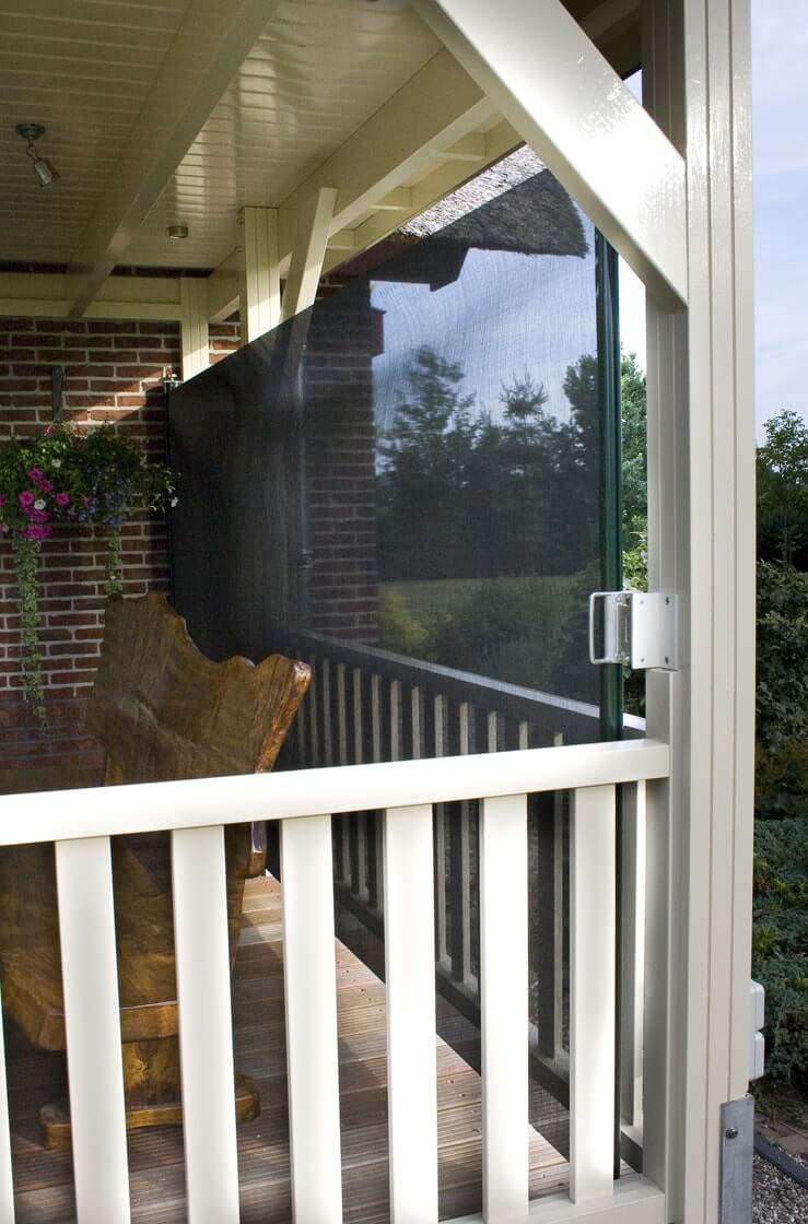 Oprolbaar veranda windscherm